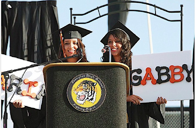 2014 Douglas High School co-valedictorians and twins Maria and Gabby Munoz Robles.