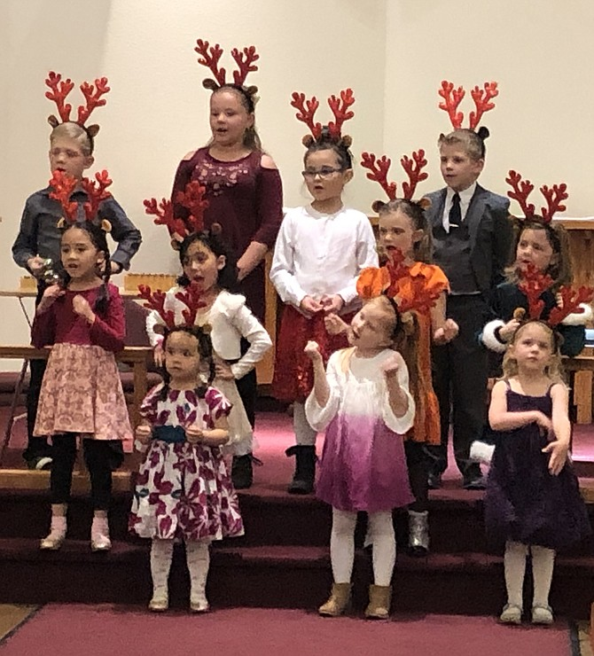 Joyful Noise Carson Children's Choir directed by Michelle Powers in pre-pandemic holiday concert.
