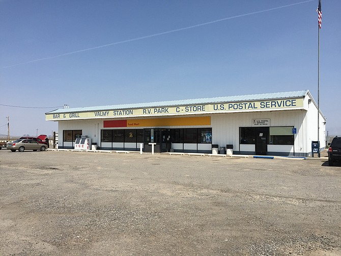 The current Valmy service station, located off Interstate 80, about 35 miles east of Winnemucca. (Photo: Courtesy of Famartin)