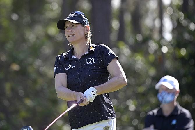 Annika Sorenstam watches a tee shot during the Tournament of Champions LPGA golf tournament Jan. 24 in Lake Buena Vista, Fla. (PHOTO: Phelan M. Ebenhack/AP)