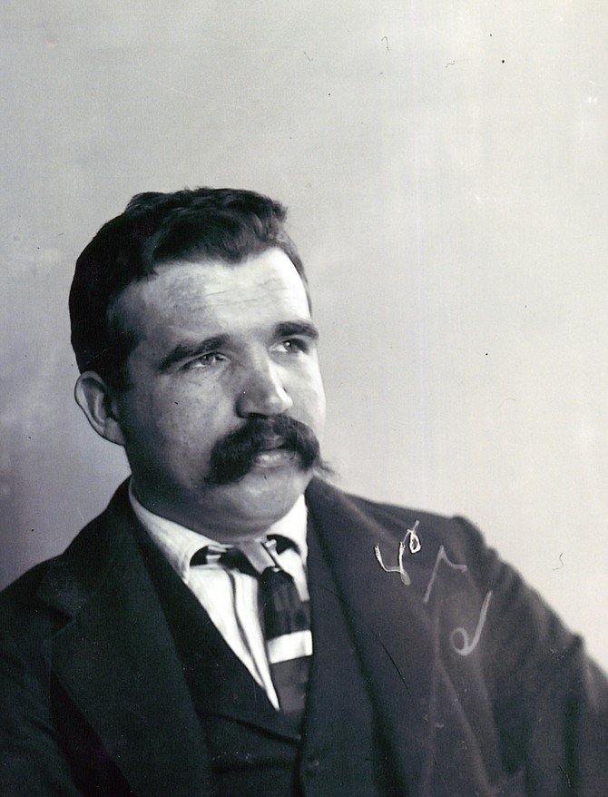Portrait of the notorious Diamondfield Jack Davis.