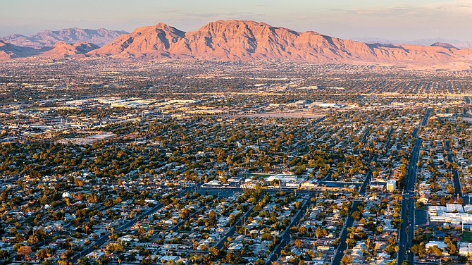 Sunrise Mountain in Las Vegas. (Photo: AdobeStock)