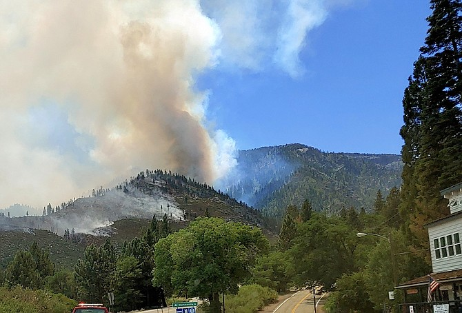 The Tamarack Fire threatens Woodfords earlier this summer.