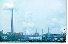 An industrial area twice the size of the town of Linz billows smoke from smokestacks. The industry began as a tank and bomb manufacturing area, then was privatized after WWII and is now the biggest supplier of sheet metal to BMW and Mercedes Benz.