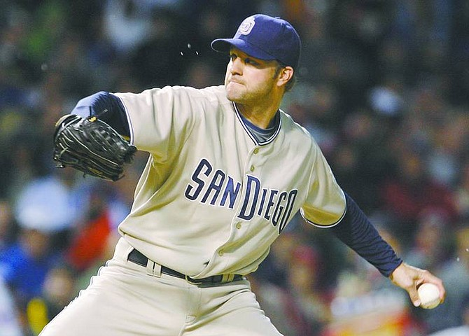 San Diego Padres pitcher Shawn Estes pitches against the Chicago Cubs during the first inning of a baseball game Tuesday, May 13, 2008, in Chicago. (AP Photo/M. Spencer Green)