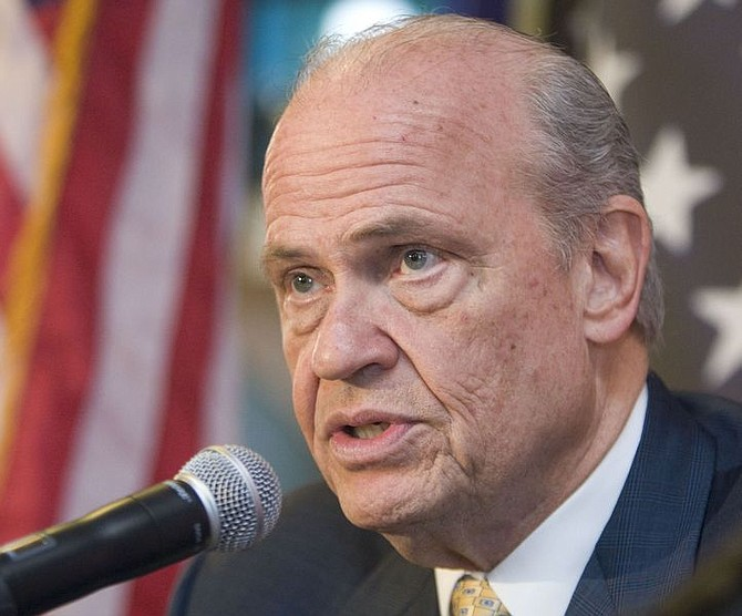 ** FILE ** Then-Republican presidential hopeful, former Tennessee Sen. Fred Thompson speaks to supporters in Seneca, S.C. in this Jan. 18, 2008 file photo. Thompson has quit the presidential race, according to a statement. (AP Photo/Patrick Collard, File)