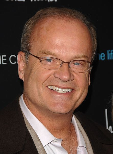 """** FILE ** In this April 15, 2008 file photo, actor Kelsey Grammer arrives at the Cinema Society screening of """"The Life Before Her Eyes"""" in New York. A spokesman for Kelsey Grammer says the """"Frasier"""" star is recovering in a Hawaii hospital after a mild heart attack. Stan Rosenfield says Grammer is """"resting comfortably"""" in an undisclosed hospital in Hawaii after being stricken Saturday. Grammer was out of the hospital and back at his Hawaii home Wednesday, June 4, 2008, four days after suffering a mild heart attack, his publicist said. (AP Photo/Peter Kramer, file)"""