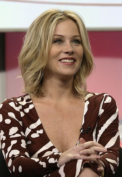 """** FILE ** Actress Christina Applegate, of the new television comedy """"Samantha Who?,"""" is seen during the ABC Summer Press Tour in Beverly Hills, Calif., in this July 26, 2007, file photo. According to the syndicated television newsmagazine """"Extra,"""" a representative of the actress announced late Saturday Aug. 2, 2008 Applegate is undergoing treatment for breast cancer. (AP Photo/Nick Ut, file)"""