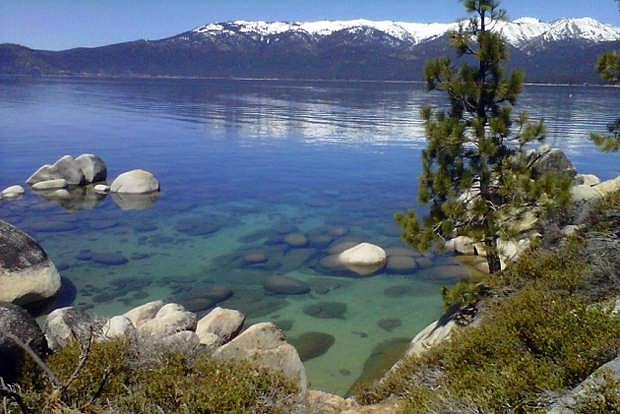 FILE - This April 12, 2012 file photo shows the clarity of Lake Tahoe, Nev. President Barack Obama plans to speak at the 20th annual environmental summit at Lake Tahoe. Wednesday, Aug. 31, 2016. Former President Bill Clinton hosted the first one in 1997 at the request of U.S. Sen Harry Reid, D-Nev., in an effort to bring attention to reductions in the alpine lake's famed clarity since the 1960s. (AP Photo/Scott Sonner, File)