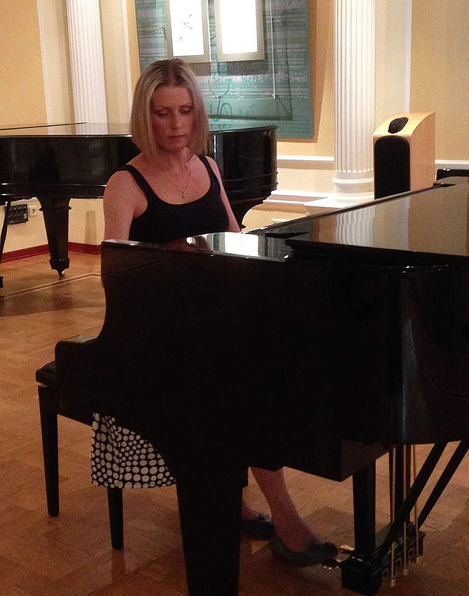 Maria Fomina will perform as guest piano soloist with the Carson City Symphony.