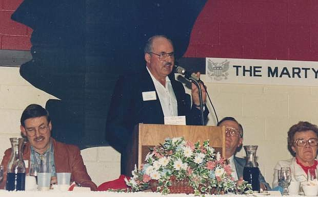 Virgil Getto delivers remarks at a Lincoln Day Dinner in 1992.