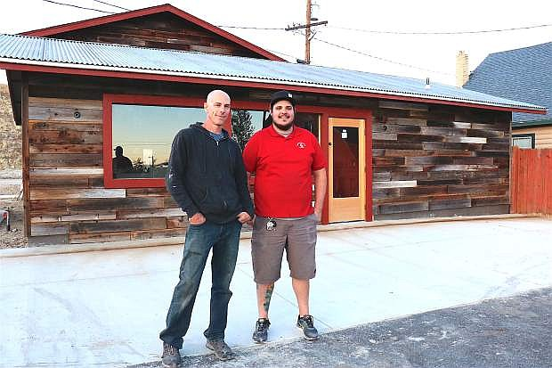 Shoe Tree Brewery, owned by local brothers Jeff and Paul Young, is located next to Sassafras Eclectic Food Joint on Old Hot Springs Road.