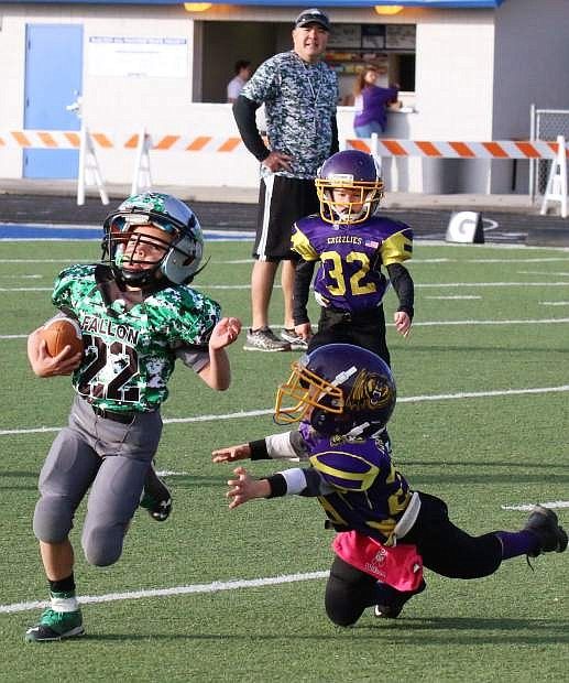 Fallon's Maxton Richardson eludes a Lassen defender in the team's SYFL championship game on Saturday.