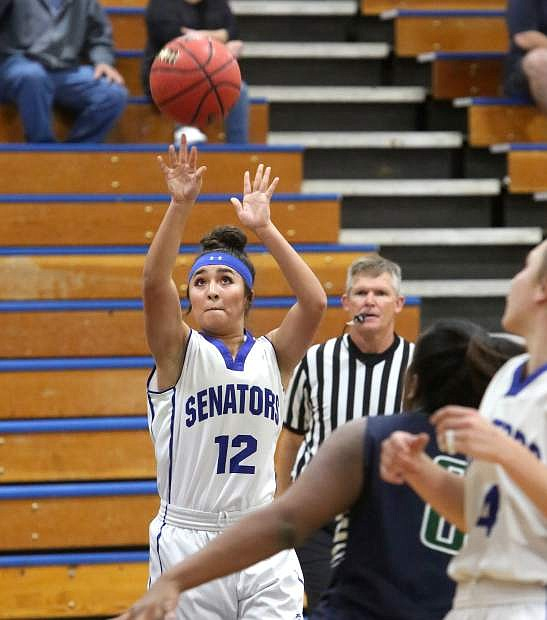 Lilian Bouza shoots a jump shot against Damonte Ranch on Tuesday.